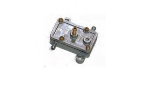 Pompe à essence rectangulaire MIKUNI - Rotax Max